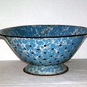 Vintage Blue and White Speckled Enamel Graniteware Colander