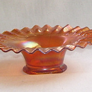 Fenton Carnival Marigold Blackberry Spray Glass Bowl