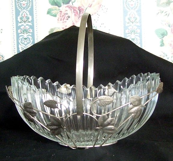 Hand Hammered Leaf Holder Glass Bowl
