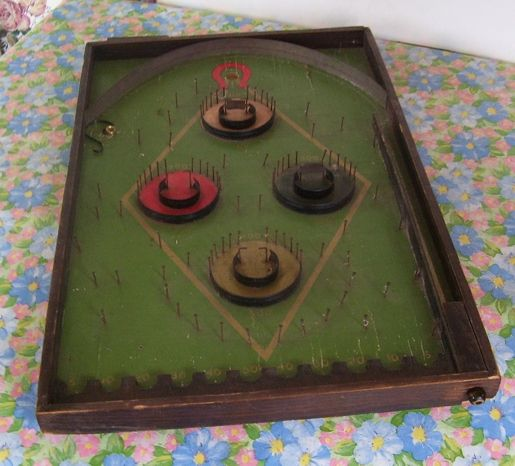 Lindstrom's Antique Horseshoe Marbles Ping Pong Disc Game &quot;Works