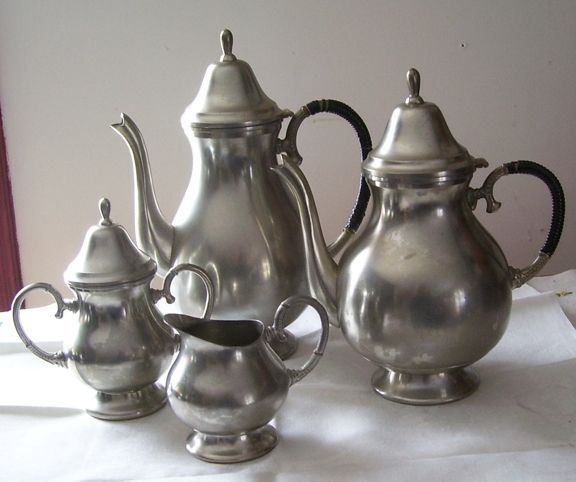 Stunning 4 Pc Bisco Pewter Coffee Pot, Teapot, Creamer and Sugar