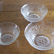 EAPG  Patterned 3 Piece Glass Stacking Bowls Floral Designed Scalloped