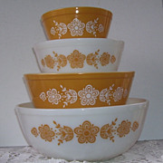 Vintage 4 Pyrex Butterfly Cinderella Glass Mixing Bowls