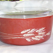 Pyrex Autumn Harvest Wheat Glass Casserole with Lid