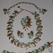 SALE TRIFARI 1950 Summer Turquoise White Plastic Floral Parure Necklace Brooch BraceletSet