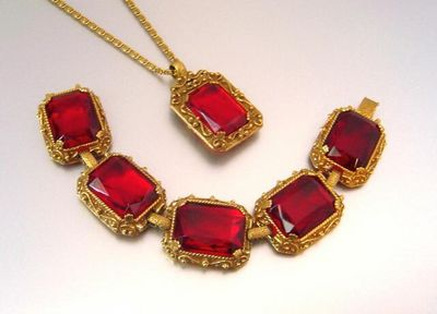 Stunning vintage JUDY LEE ruby red glass Bracelet & Necklace from remnantsfromthepast on Ruby Lane