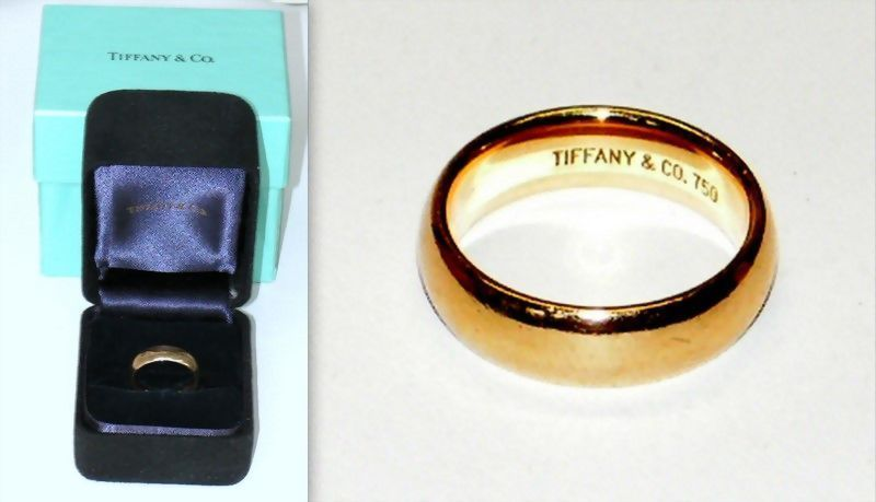 Tiffany Gold Wedding Band 18KT 6mm Black Suede Ring Case and Turquoise Box