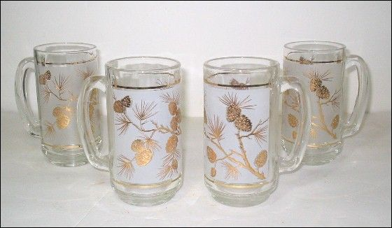 4 Retro Frosted Beer Mugs Gold Pine Cones