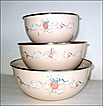 International Marmalade Metal Enamel Mixing Bowls