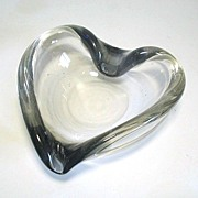 Modernist Freeform Art Glass Heart Bowl Dish