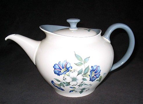 Wedgwood Isis Tea Pot Blue & White Flowers