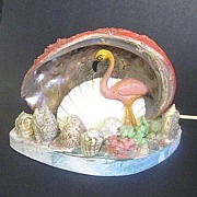 Vintage Kitsch Seashell TV Lamp with Pink Flamingo