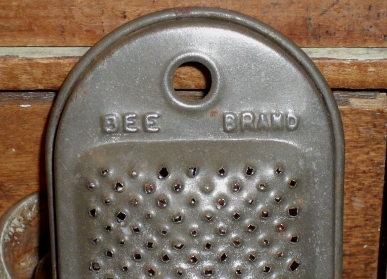 Bee Brand Tin Nutmeg Grater