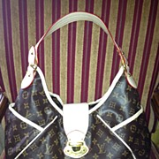 Vinyl 'Louis Vuitton' Fashion Purse