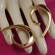CORO Heavily Polished gold Tone Hoop Runway Very RARE Earrings