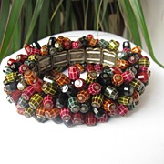 Incredible Dangle Plastic Beads Expandable Bracelet