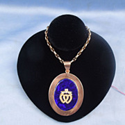 Pendant, 9 K, Verre Eglomise, Double Heart and Crown, Seed Pearls, Victorian
