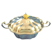 Covered sauce server by Oxford silversmiths co. silver plated