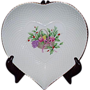 "SALE Vintage Christmas Mikasa Narumi Japan Heart Shaped Dish ""Christmas Spirit B2098"""