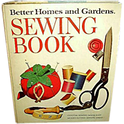 SALE 1972 Better Homes & Gardens Sewing Book - FREE Shipping in US