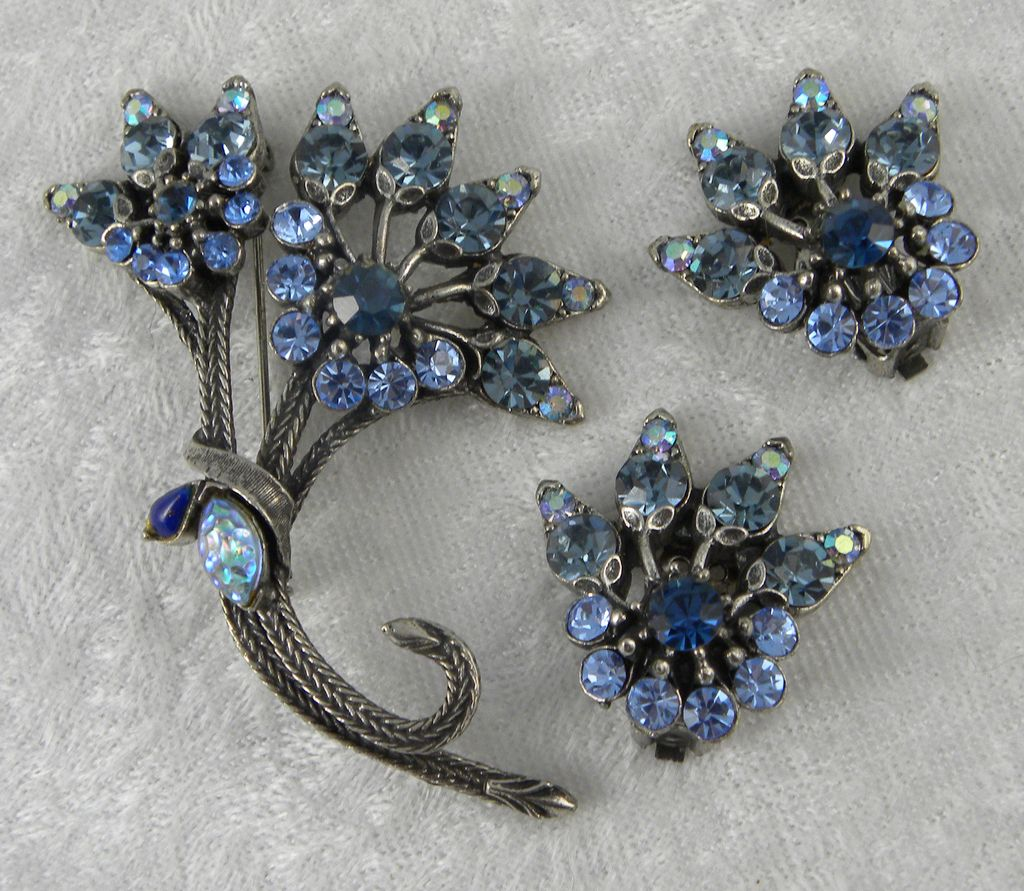 Florenza Shades of Blue Floral Pin Brooch Clip Earrings Set