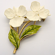Trifari White Flowers Pin Brooch