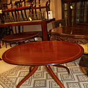 English Solid Mahogany Dinning /Breakfast Table with Pencil Inlaid Circa 19th