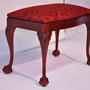 Jhon Stuart INC Chippendalle Style Mahogany Vanity Bench , Turn of 19th