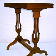 Beautiful Regency Music Walnut Side Table, Turn of the C