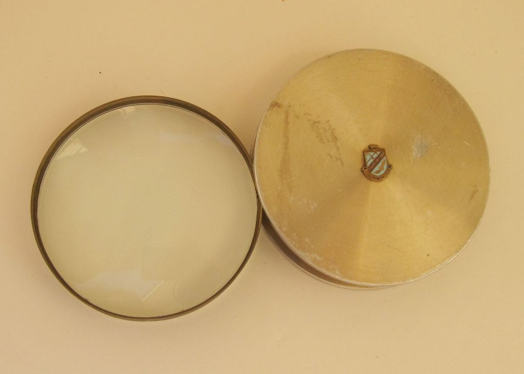 1950 Vintage Swivel Opening Magnifying Glass