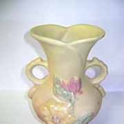 VINTAGE Magnolia 6 1/4 inch Vase  Matte Finish Hull Pottery