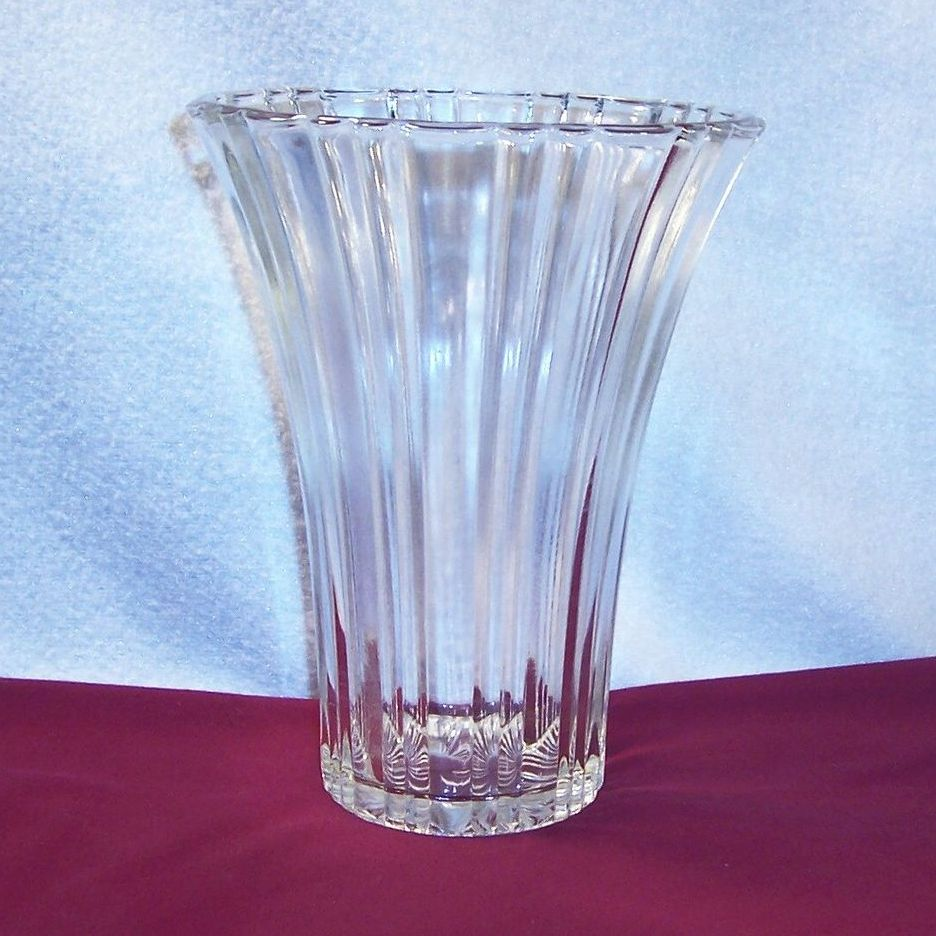 Hocking Old Cafe Depression Glass Vase