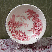 Johnson Brothers: &quot;Castle on the Lake&quot; Fruit / Berry Bowl