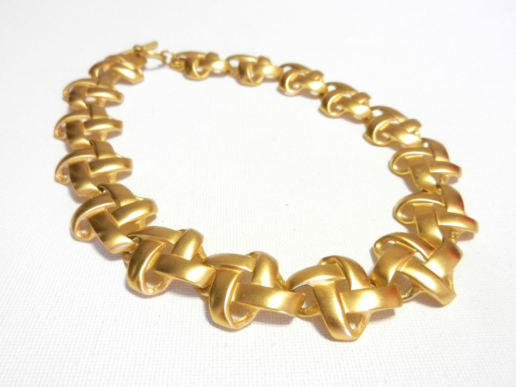 Vintage 1980's Anne Klein Brushed Gold Tone Necklace Criss Cross Pattern