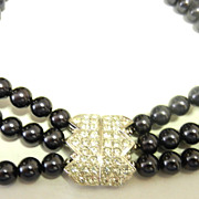 SALE PENDING ELIZABETH TAYLOR for Avon Faux Tahitian Black Pearls with Rhinestone Clasp