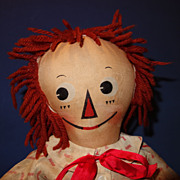 Molly-es Raggedy Andy Doll