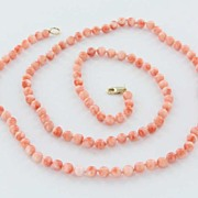 Vintage Estate Coral Bead 14 Karat Yellow Gold Necklace Strand Fine Heirloom Used Jewelry