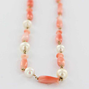 Vintage 14 Karat Yellow Gold Graduated Coral Cultured Pearl Necklace Estate Used