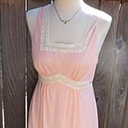 Formfit Rogers Vintage 1940's ~1950s Peach & Lace Nightgown Medium