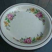 Kitchen Kraft by Homer Laughlin Vintage 1930's-1940's Floral Pie Pan 9 1/2&quot;