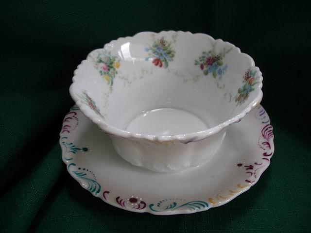 T&V Tressemanes & Vogt Limoges France Hand Painted Condiment ~ Mayonnaise Bowl & Attached Underplate 1892~ 1917