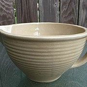 Western~Monmouth Pottery Vintage 1930's~1940's Tan Ribbed 2 Quart Batter Bowl