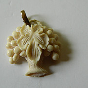 Beautiful carved vintage -Pendant