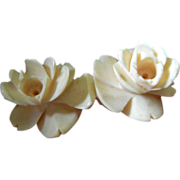 SALE Early- hand carved- Two roses pin