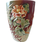 Gorgeous dimensional Vase
