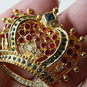 Dazzling- signed-Crown pin