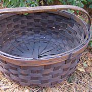19th Century Oval Splint Basket With Hickory Handle
