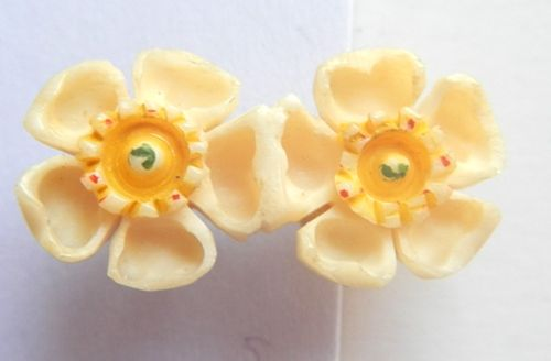 Carved Bone Double Flowers Pin
