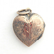 SALE Vintage Sterling Locket With Engraved Design