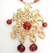 SALE 1970's Gold Cluster and Rootbeer Runway Necklace